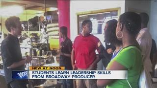 Students_learn_leadership_skills_from_Br_0_42862650_ver1.0_320_240.jpg