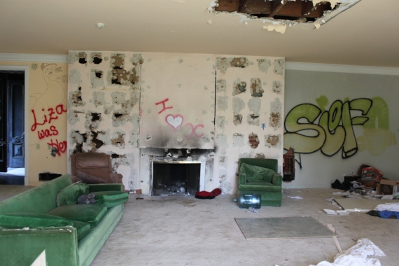 Inside the former Hollywood film stars home we discovered sad stories.