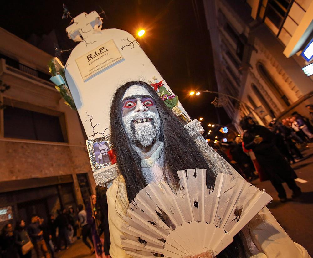 entierro_de_la_sardina_carnaval_tenerife2.jpg