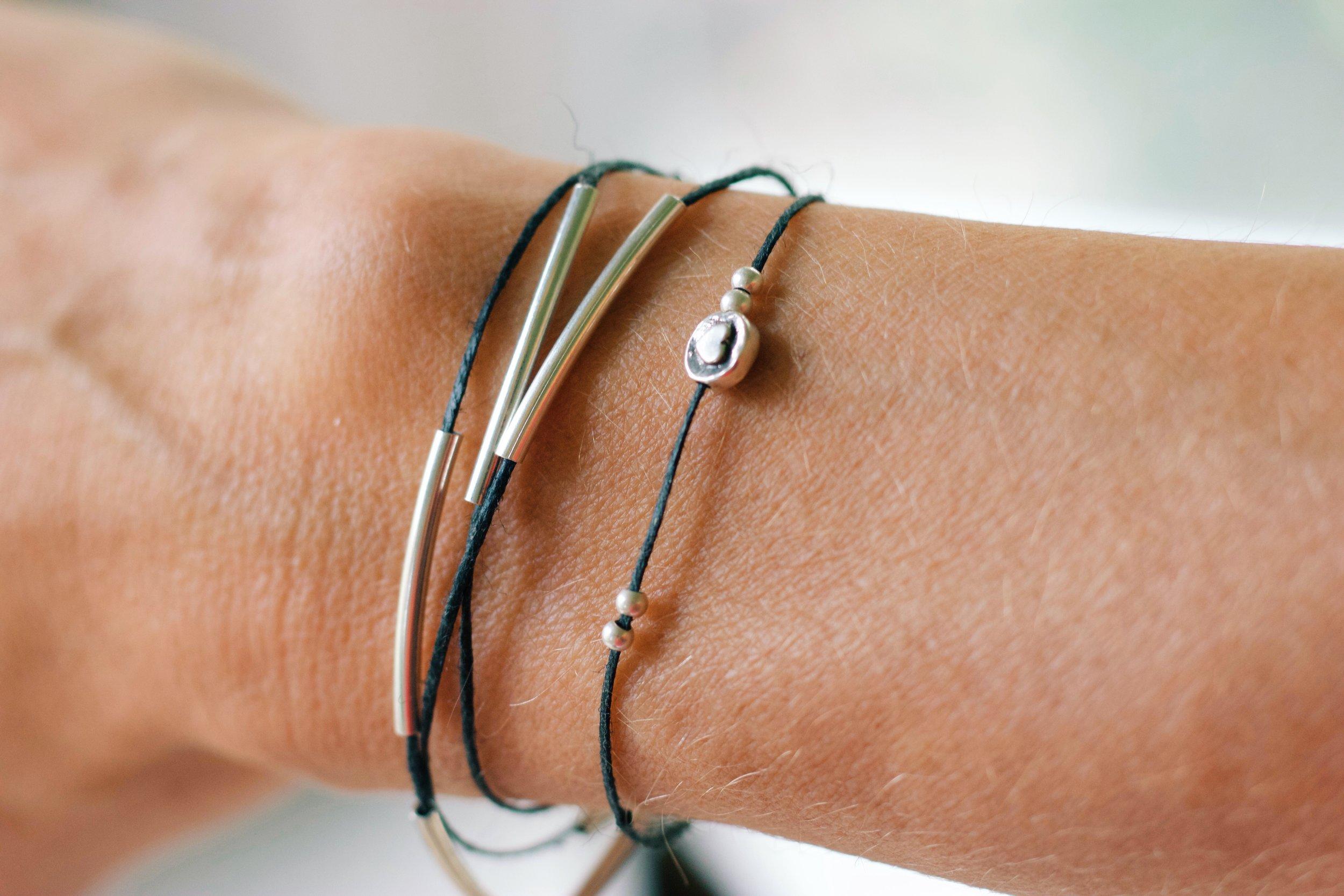 Friday Favorites : friendship bracelet www.cardiocoffeeandkale.com