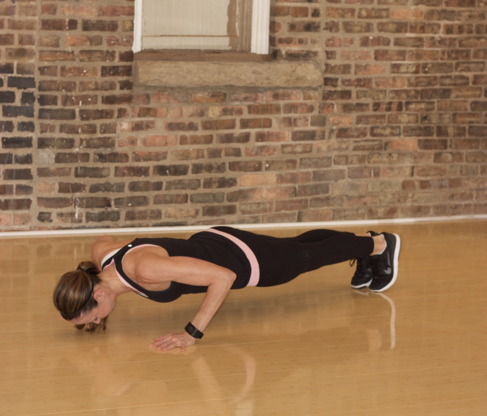 Total Upper Body Strength Circuit Workout cardiocoffeeandkale.com