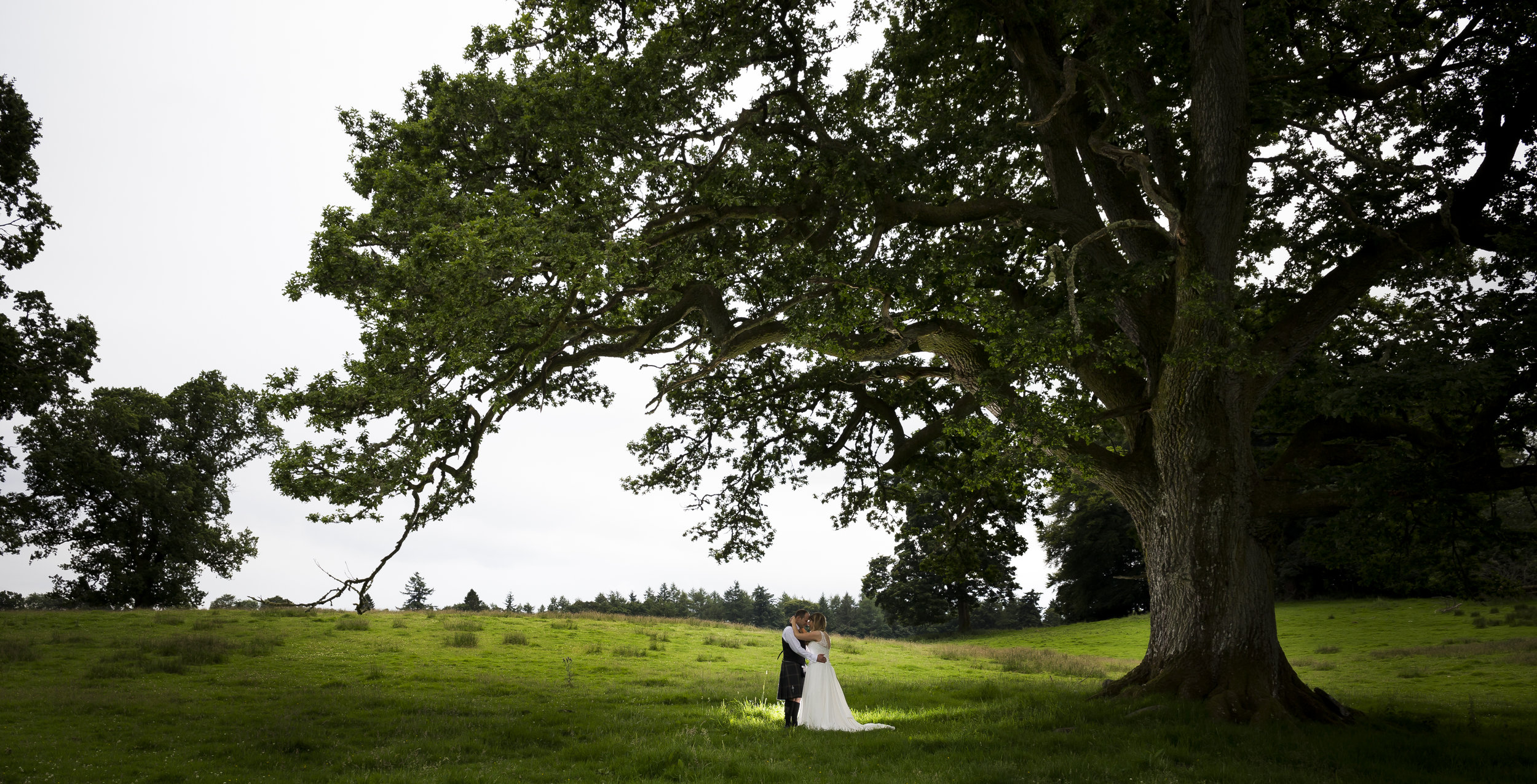 Kelly & Davids Wedding   Doune Castle & Lanrick Estate