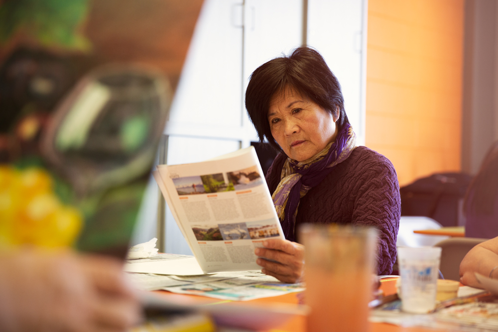 Senior Asian woman doing painting activity 4.jpg