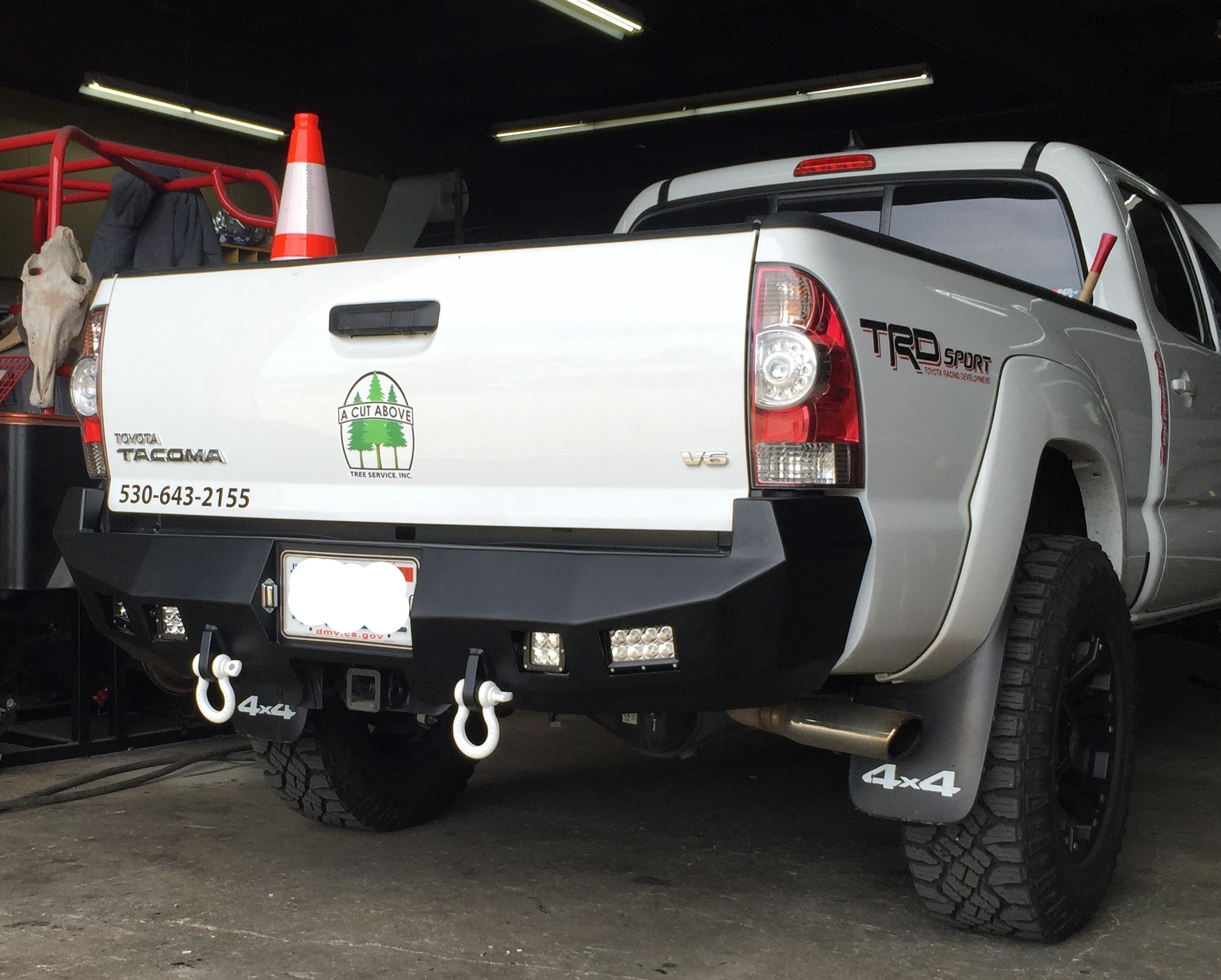 Toyota/Tacoma/2013-2015/Rear — Winch Ready Bumpers