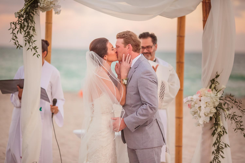 Miami Wedding Photographers_057.jpg