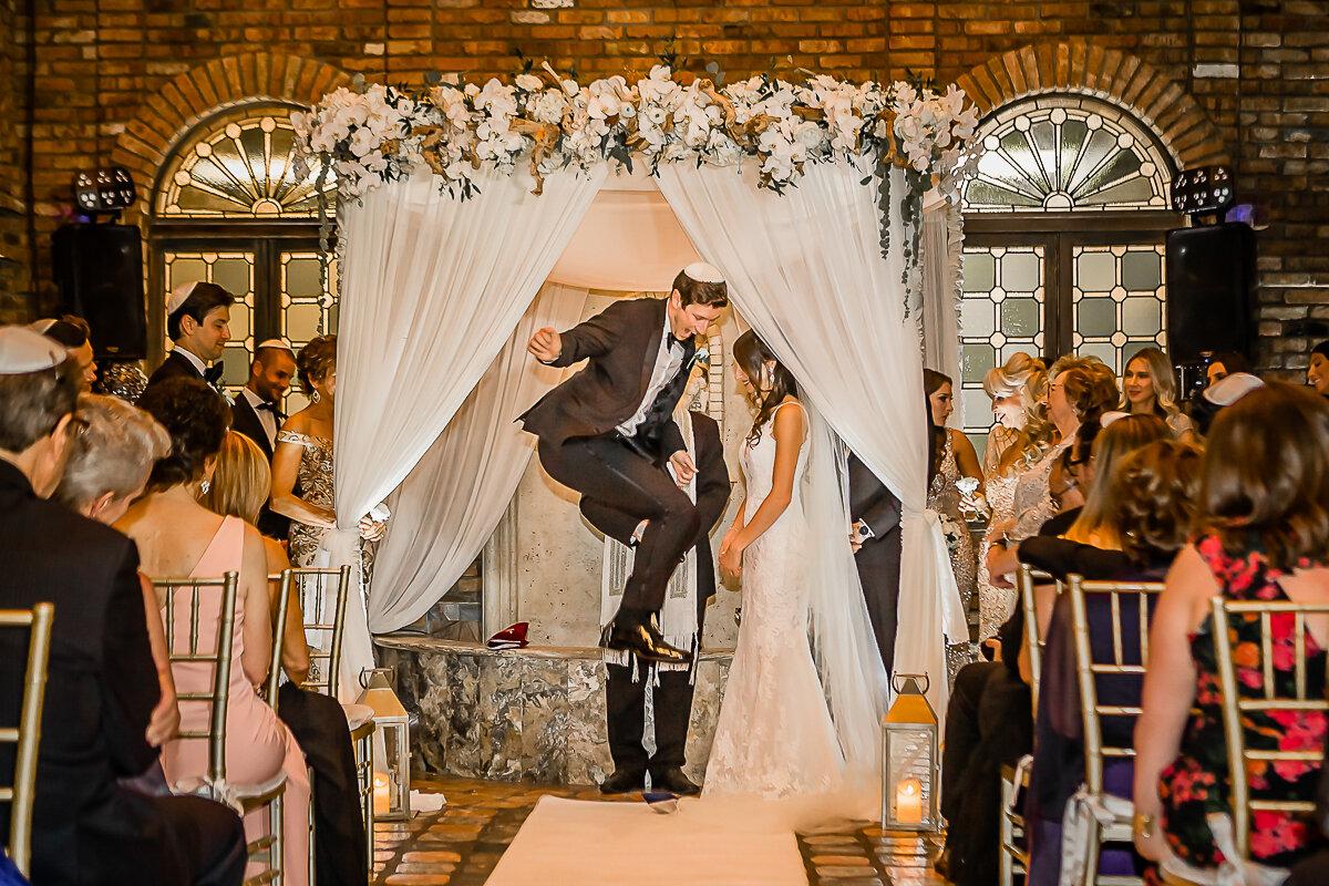 Miami Wedding Photographer Cruz Building Wedding-59.jpg