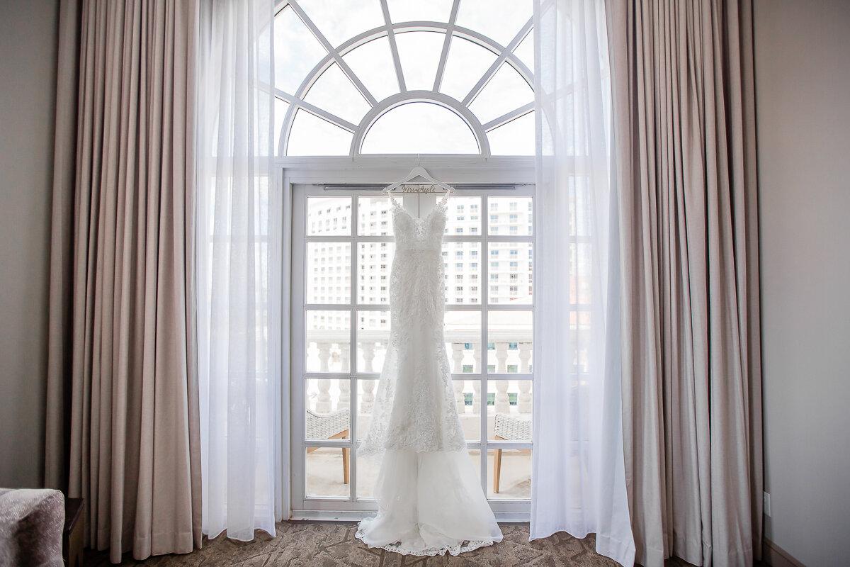 Miami Wedding Photographer Cruz Building Wedding-15.jpg