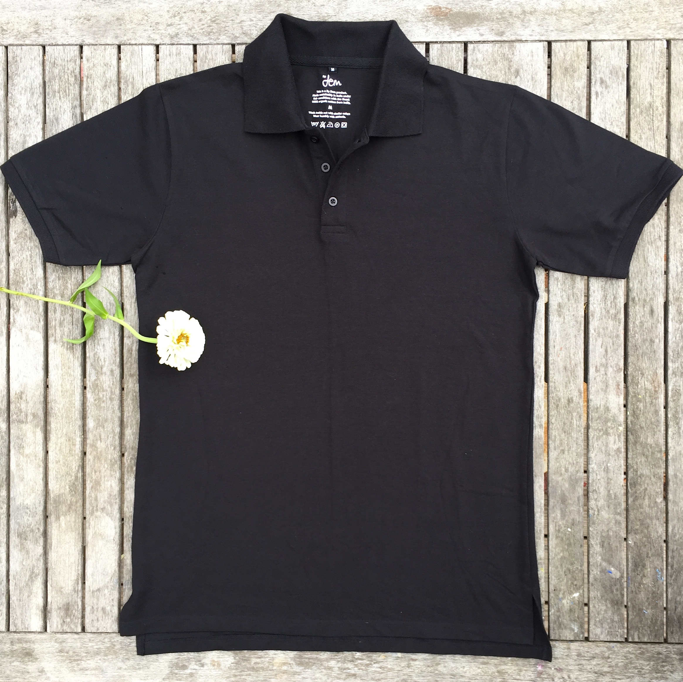 POLOS IN BLACK OR WHITE
