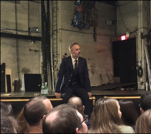 Jordan Peterson during the VIP Q&A, about 100 people stayed for this part of the show.
