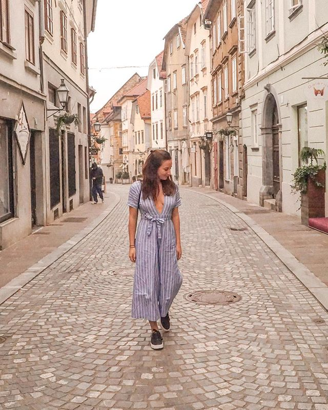 Cobble stone streets in Ljubljana ✧ Fun fact: This photo was taken in about 3°C ✧ Wearing the beautiful playsuit by @mlm_label #mlmlabel #ad