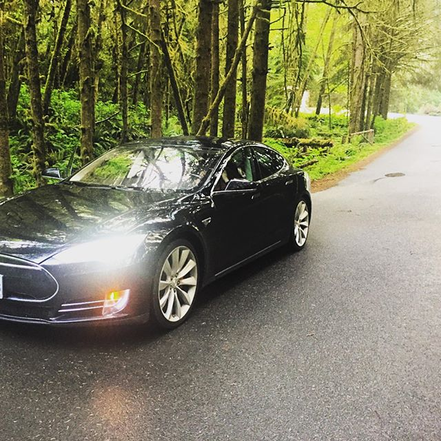 Ready for the LONG WEEKEND 😎 #TeslaLife #KeepExploring #Tesla #StayGreen #SustainableTourism