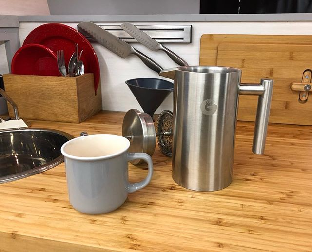 Latest addition to the already stocked GoCampers kitchenette. The large stainless steel French Press from @coffeegator is enough for two BIG cups of fresh coffee. ☕️☕️ 🐻🐺🐳