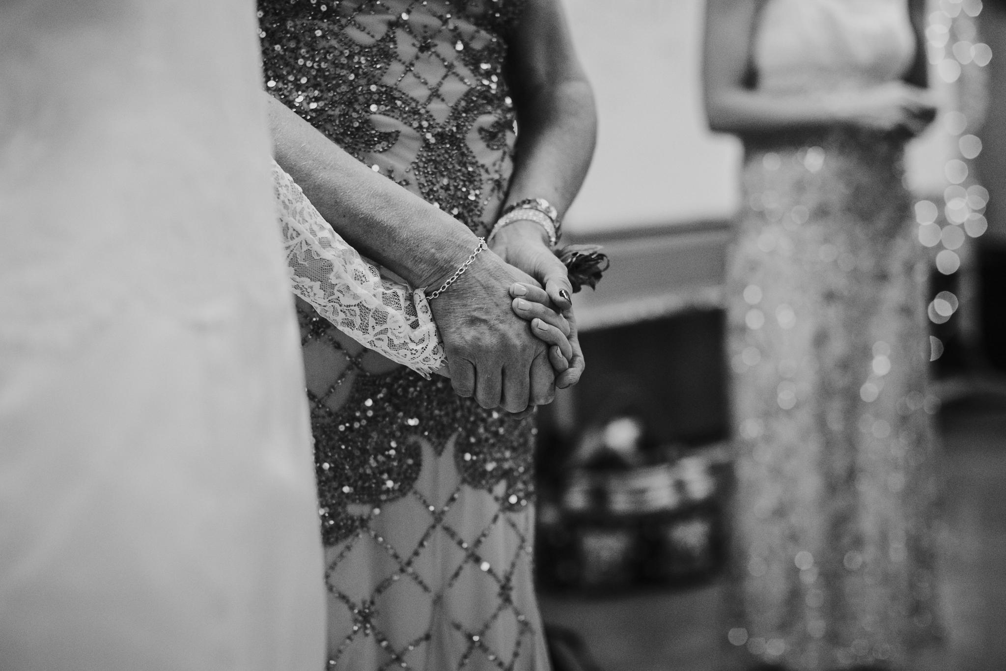 20151230_hussem_wedding_0147_web.jpg