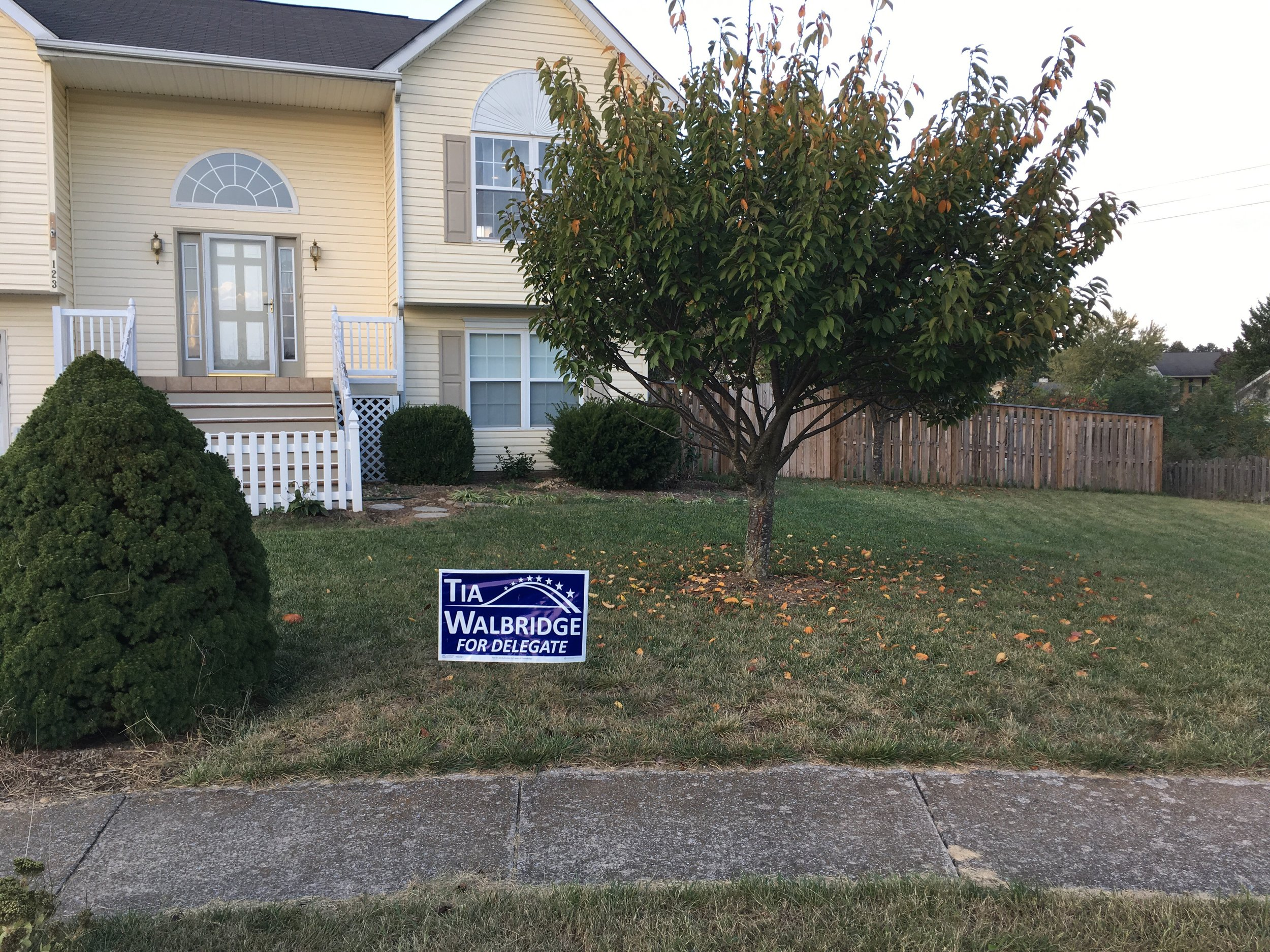 Hello, yard sign!