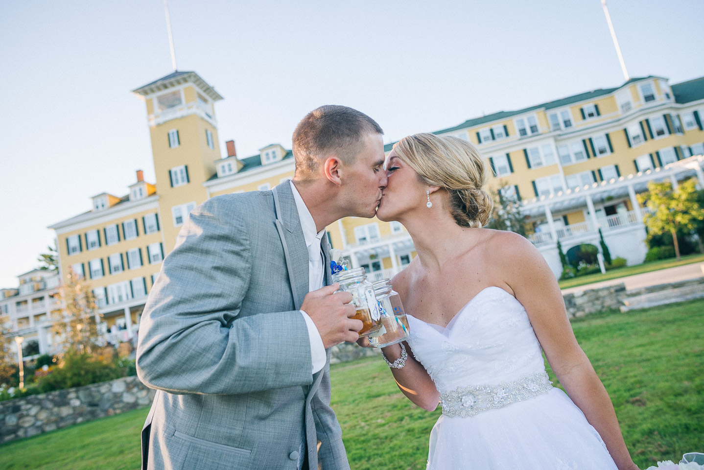 NH Wedding Photography: bride and groom in front of Mountain View Grand