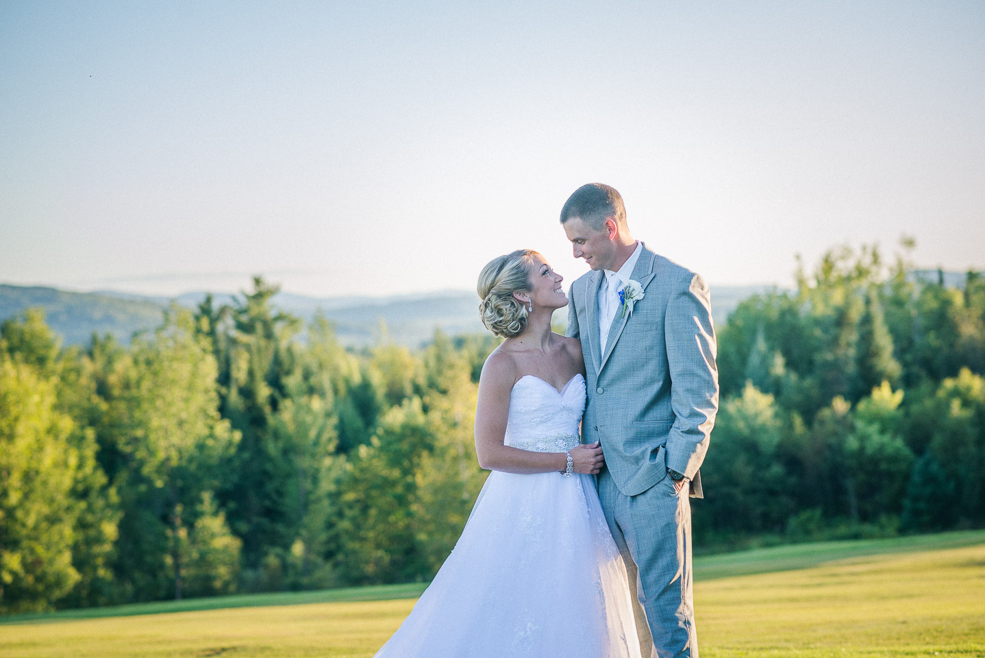 NH Wedding Photography: bride and groom with mountains