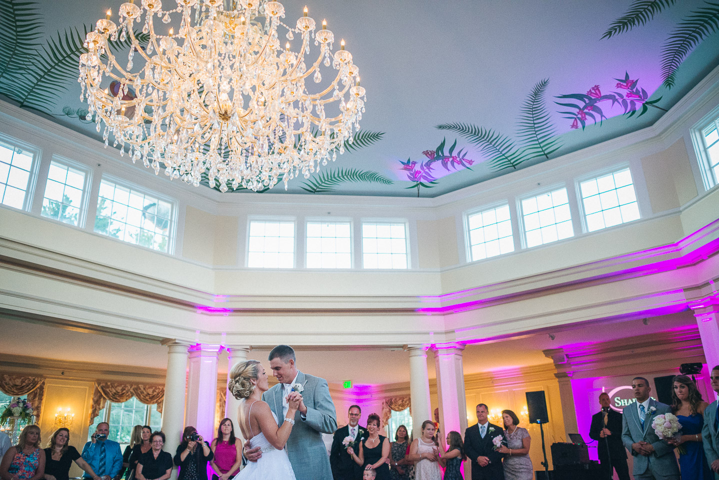 NH Wedding Photography: wide angle of first dance