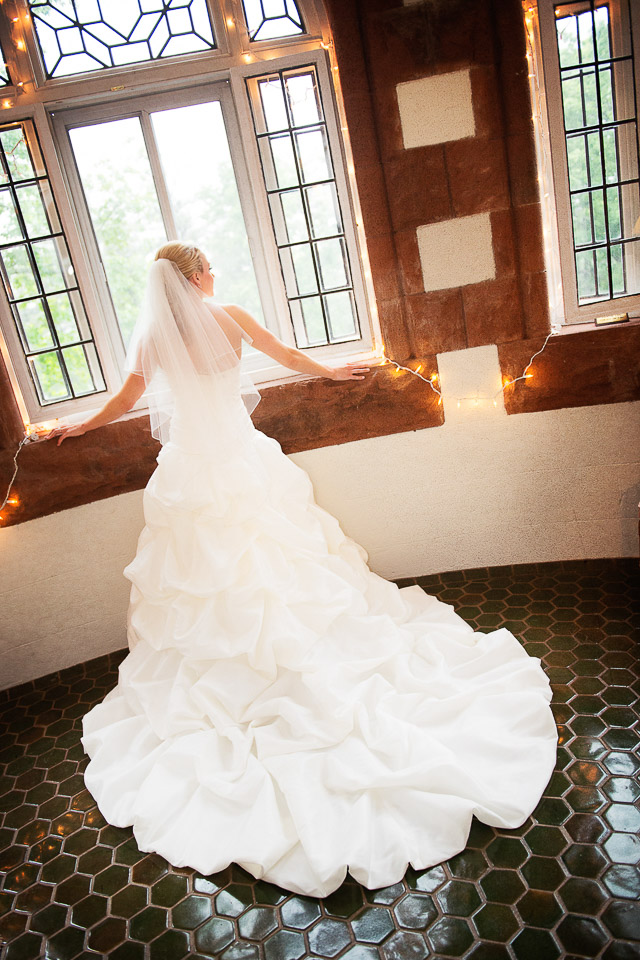 NH Wedding Photographer: Searles Castle bride in window