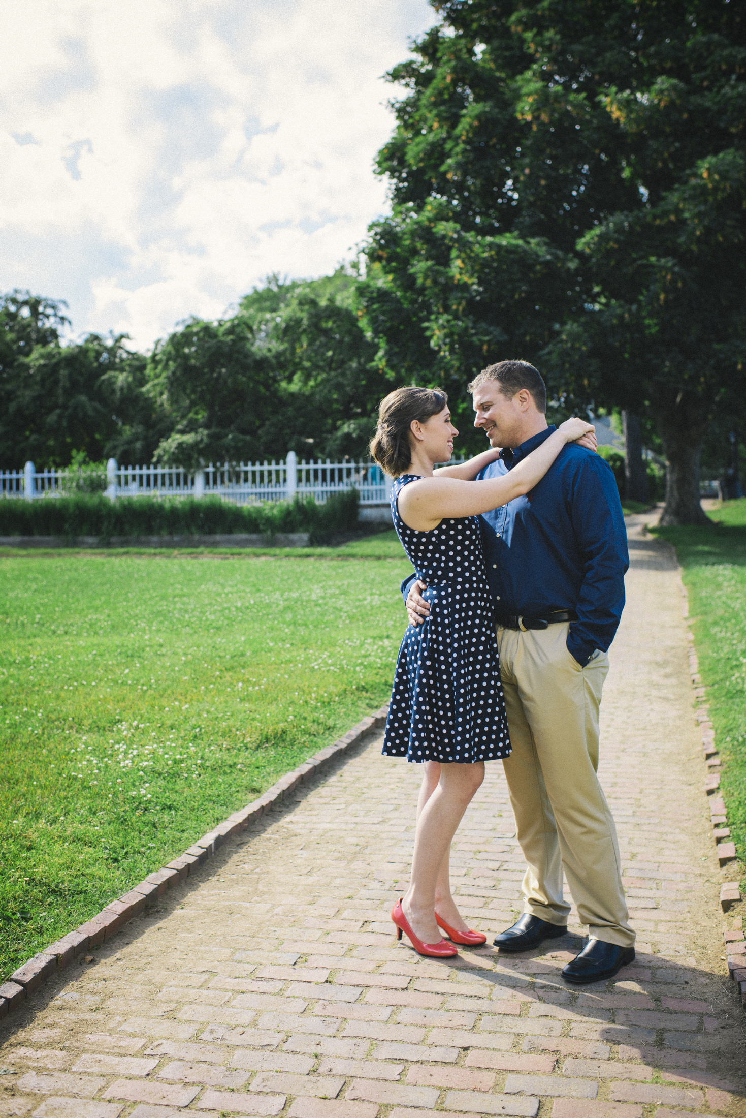 NH Wedding Photographer: Portsmouth NH Prescott Park engagement session