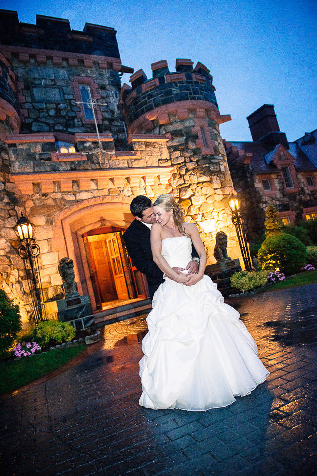 NH Wedding Photographer: Searles Castle couple