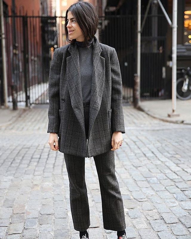 Masculine or Feminine❓ Ways To Incorporate That Androgynous Trend Into Your Wardrobe. Link in Bio