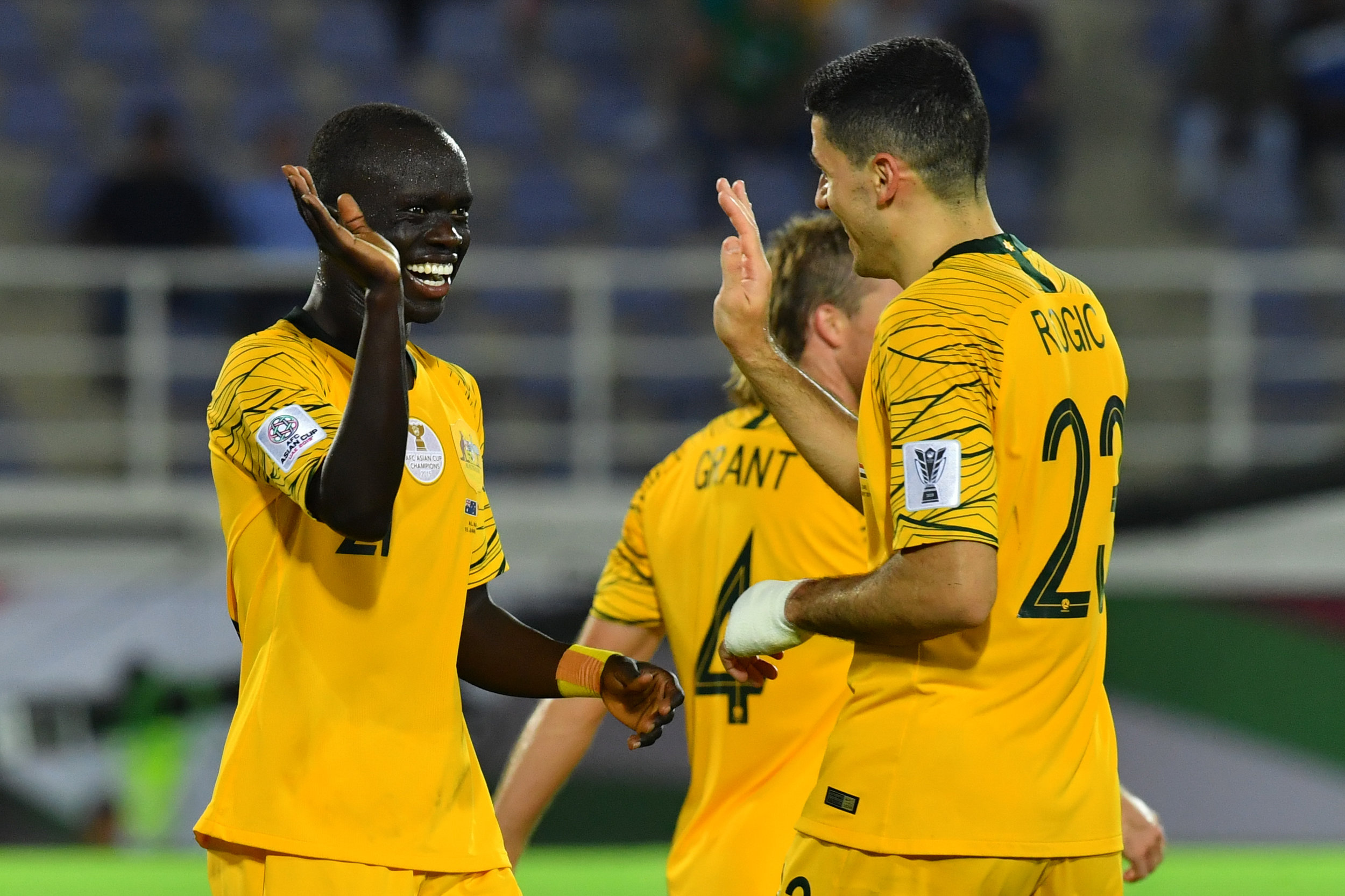 Awer Mabil and Tom Rogic, qualified but barely defeated Syria (Asian Football Confederation (AFC))