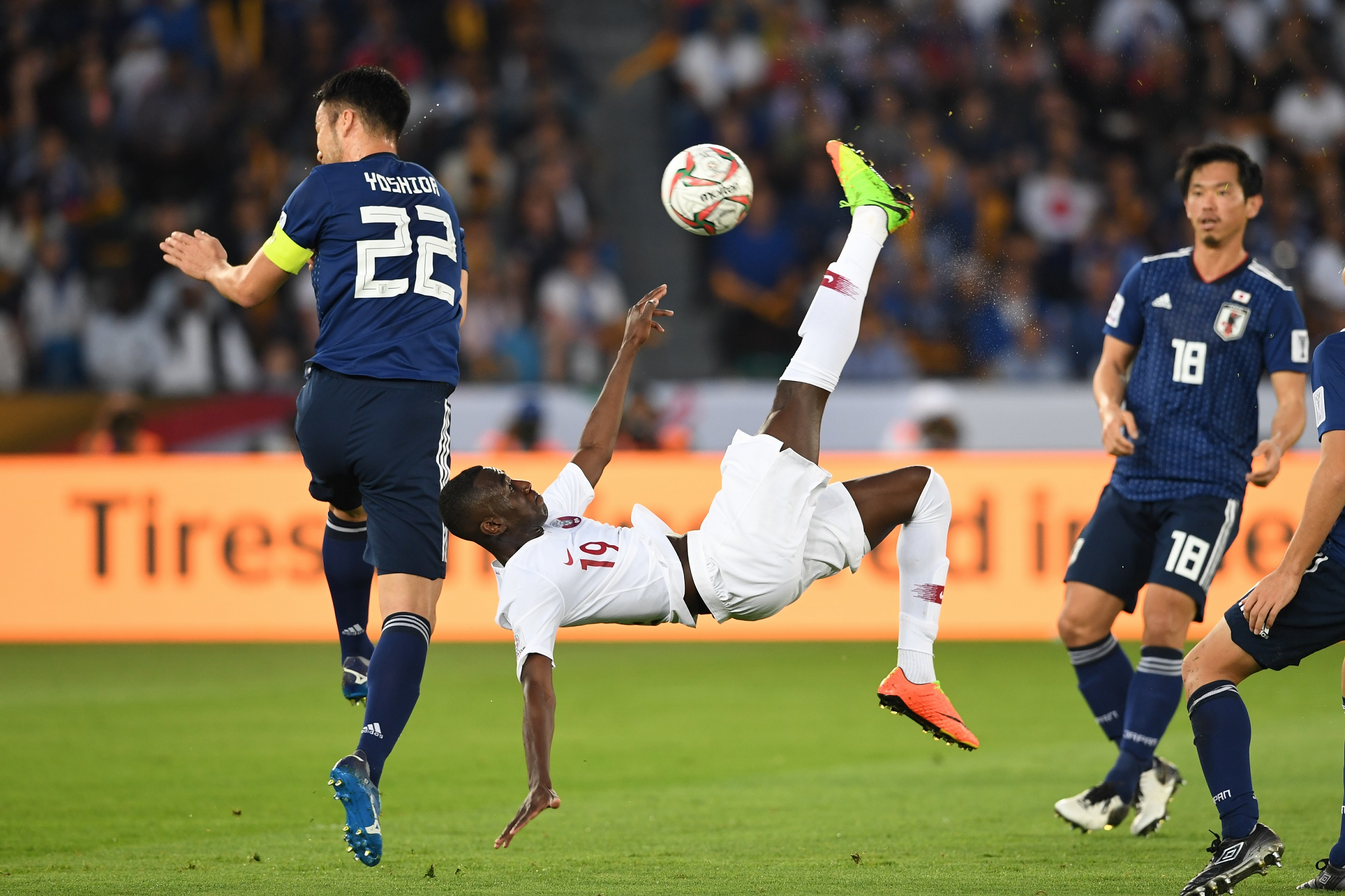 Ali Almoez, a record breaking goal with an extraordinary bicycle kick (Asian Football Confederation (AFC))