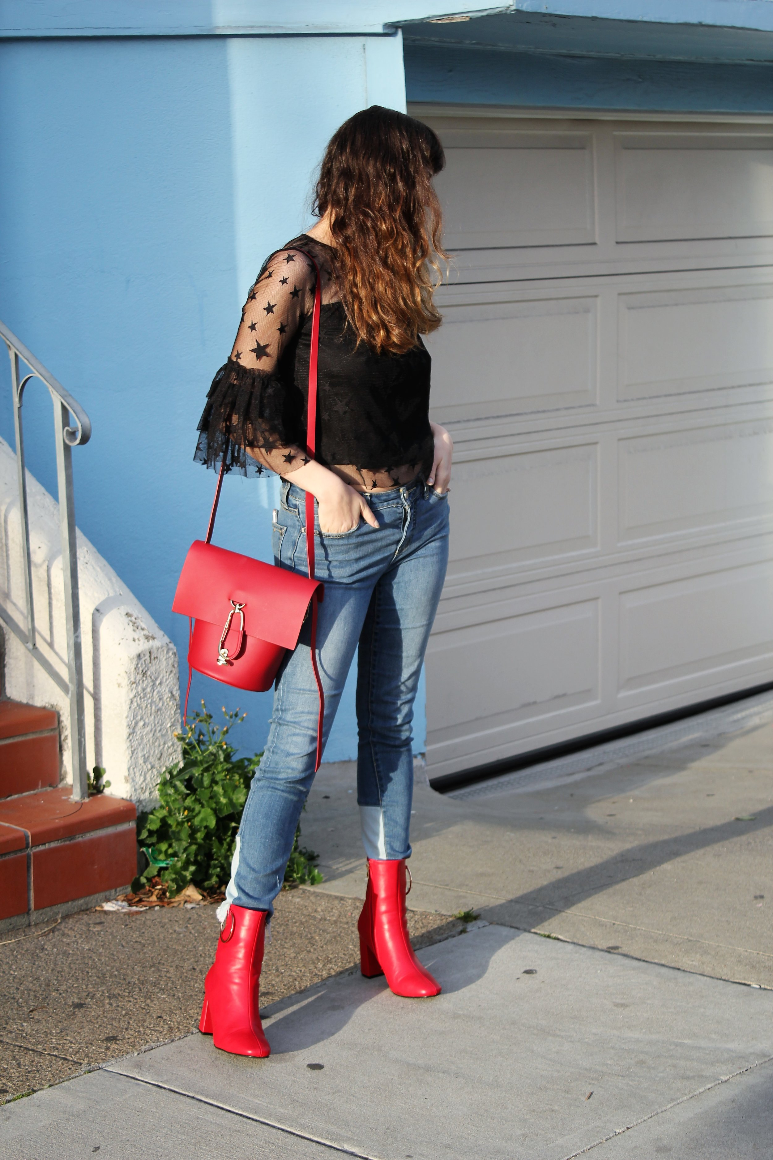 Bold Red Hues on Style Blogger Que Sera Sahra