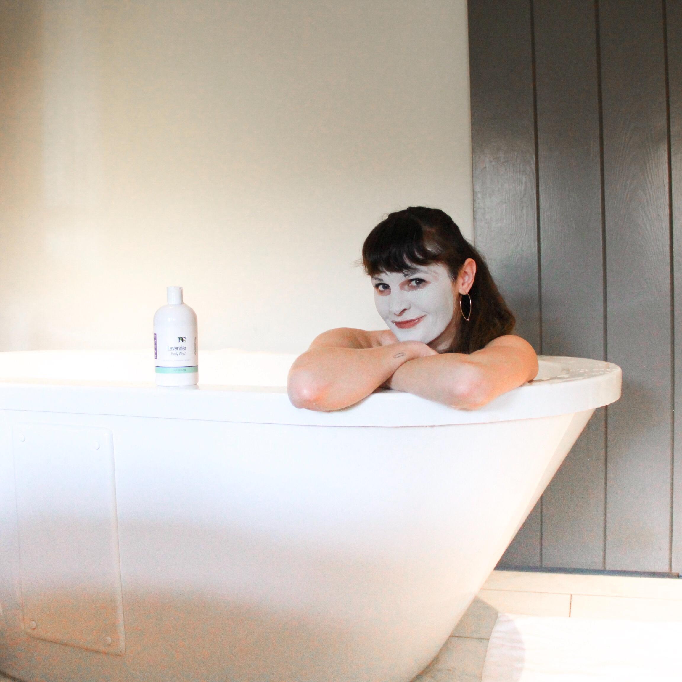 Natura Culina bubble bath and face mask