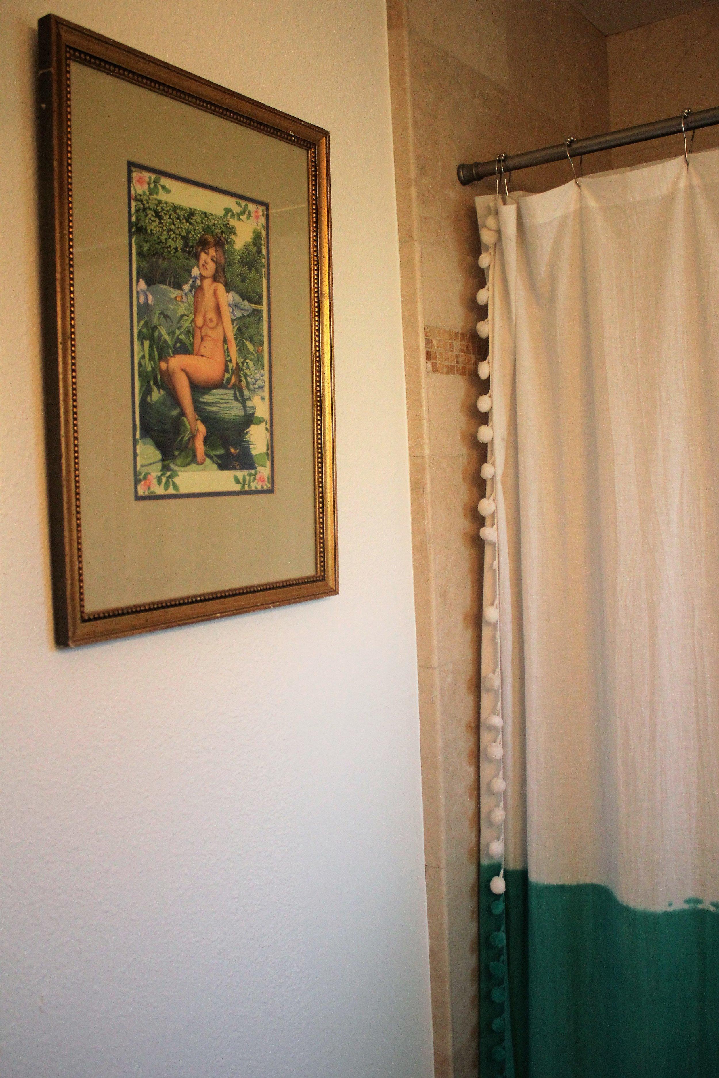Best Artwork for the Bathroom via Que Sera Sahra