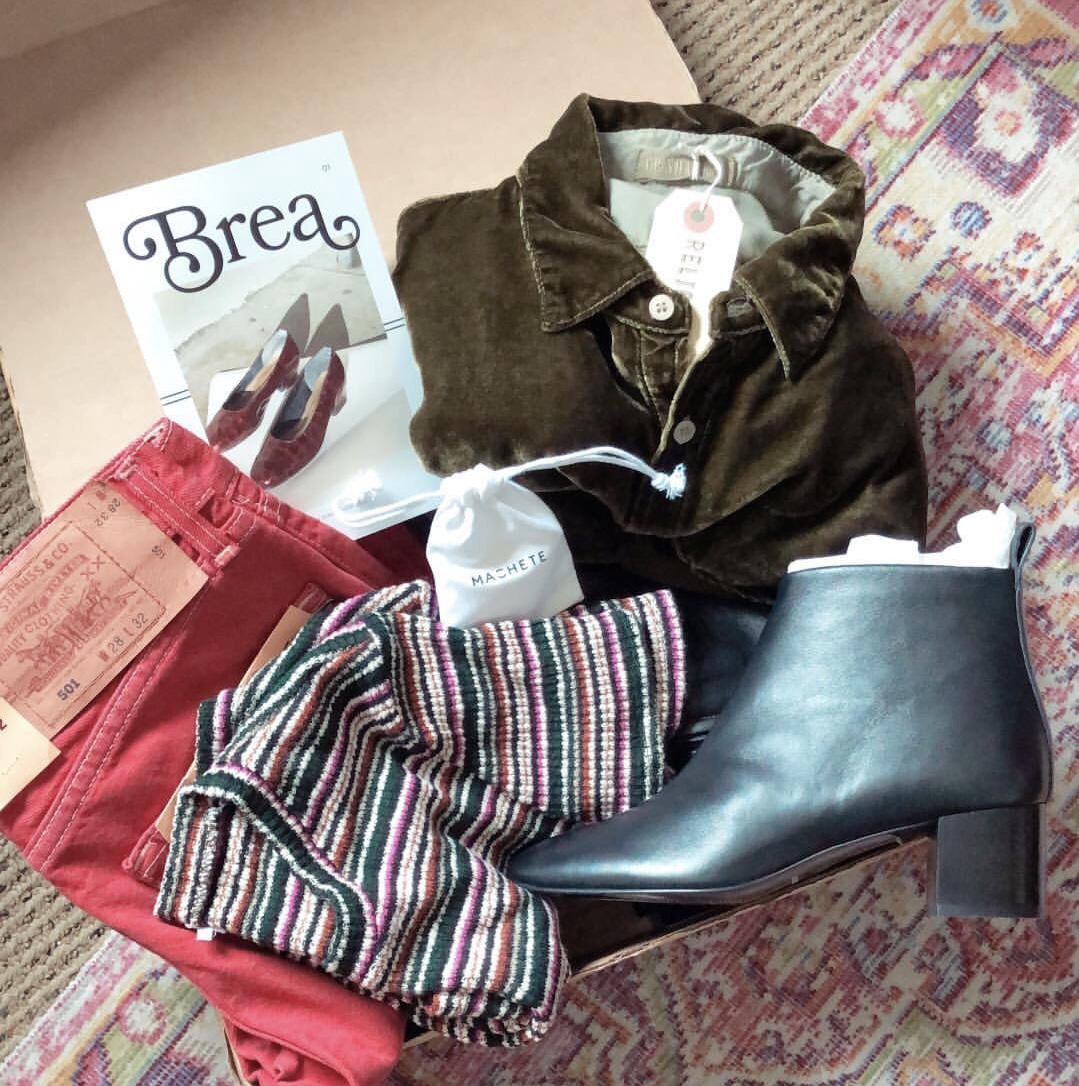 Brea Box, the subscription box for sustainable fashion