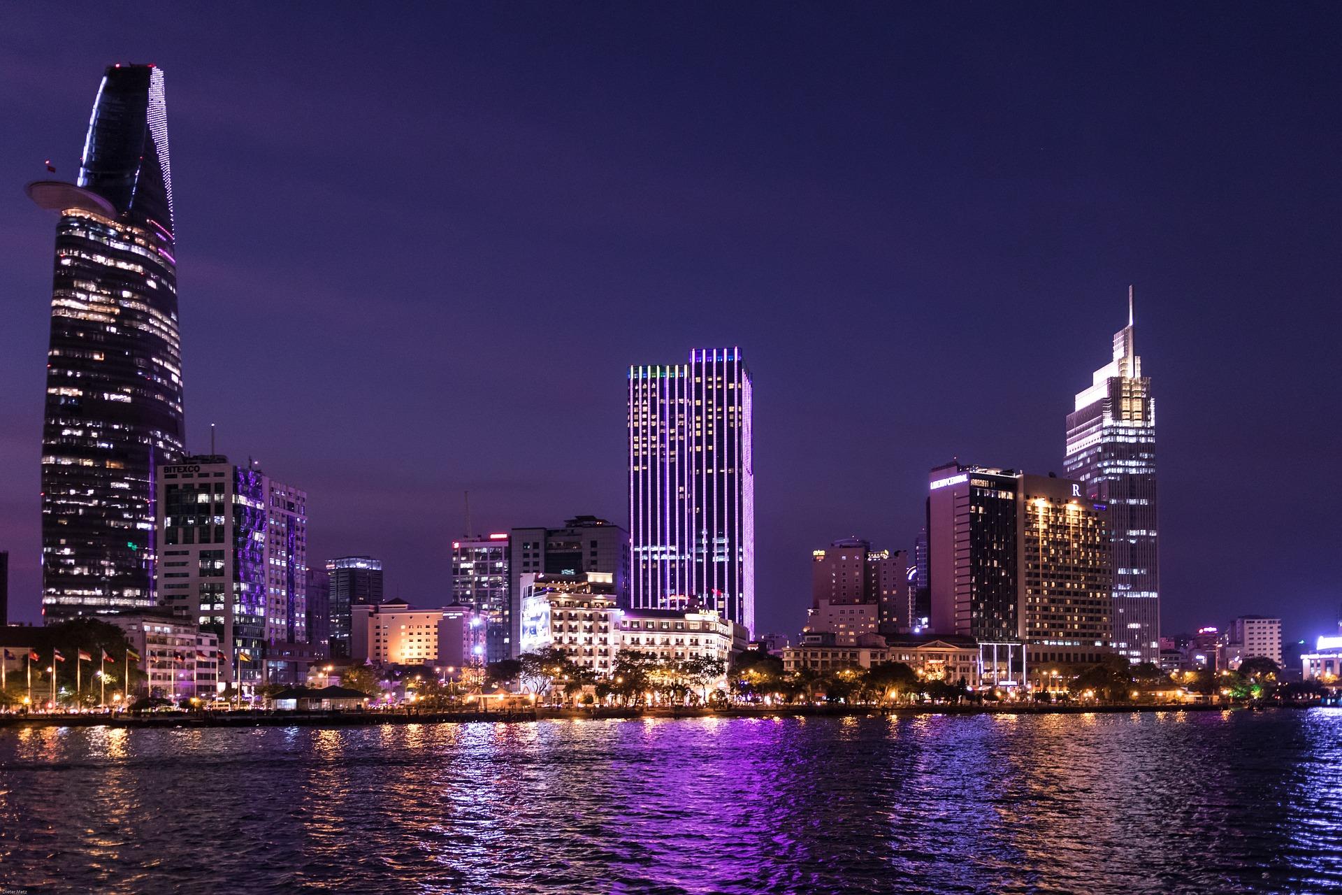 Saigon Nightlife - Ho Chi Minh City Skyline.jpg