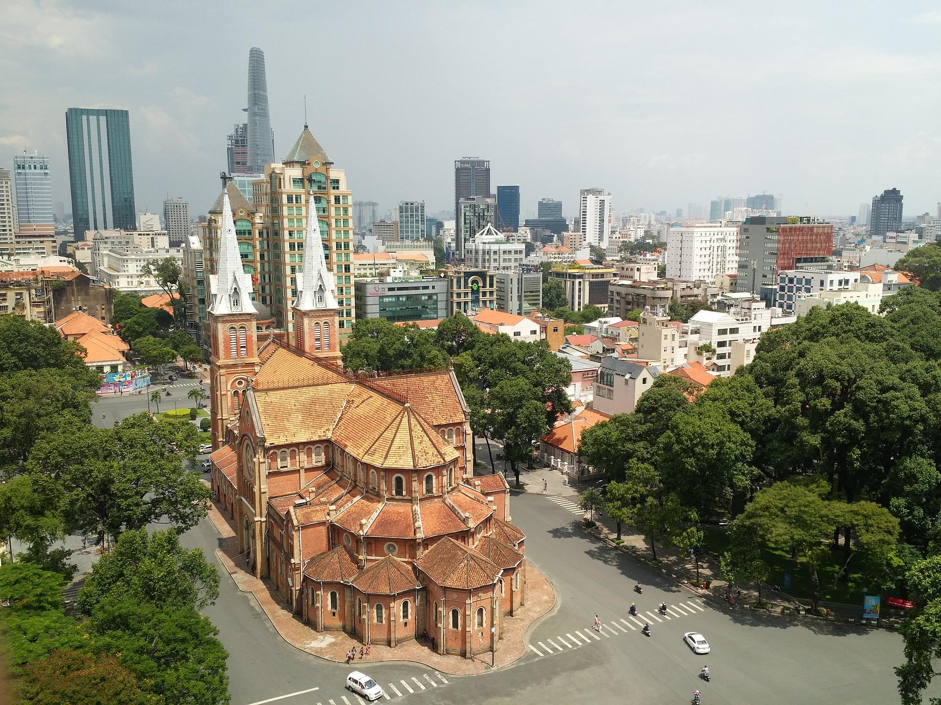 Saigon City Tour - Notre Dame - Motorcyle.jpg