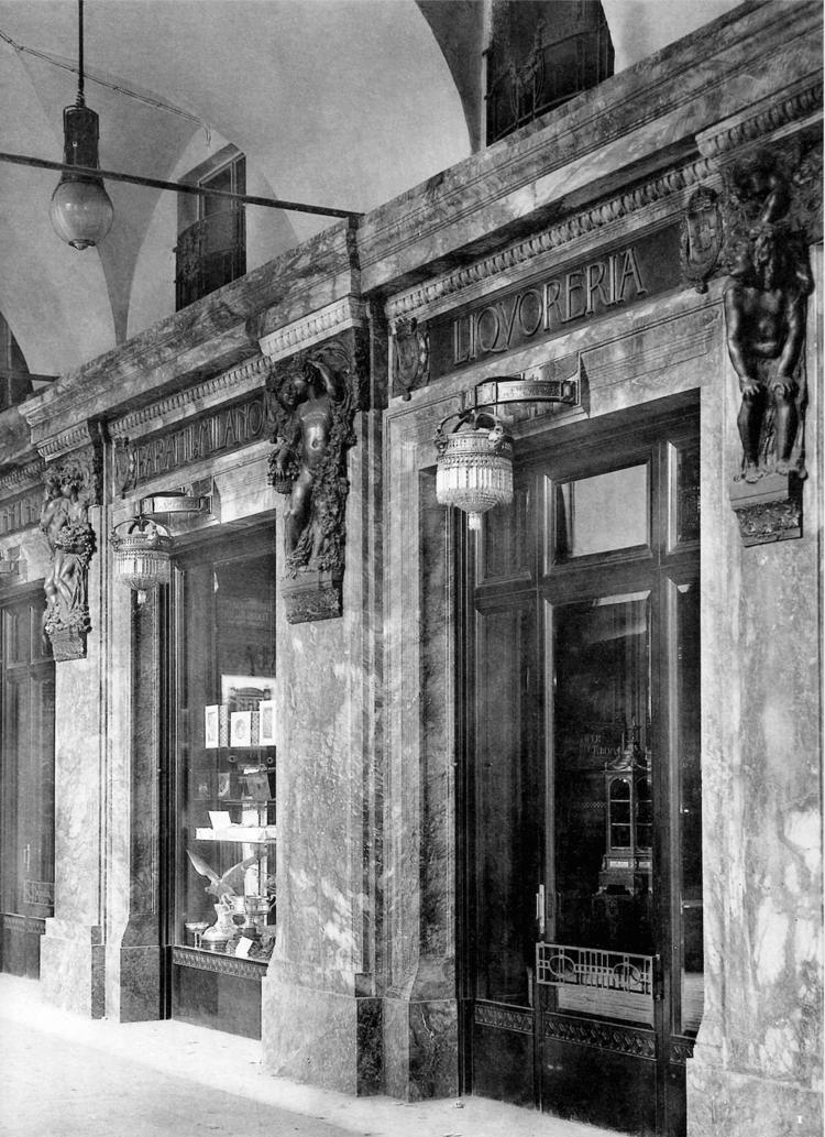 """""""Extérieur de la Confetteria Baratti & AMP; Milan. Décorations de Giulio Casanova, Sculptures d'Edoardo Rubino"""", dans """"L'environnement moderne"""", II [1910-1911], pl.  81"""