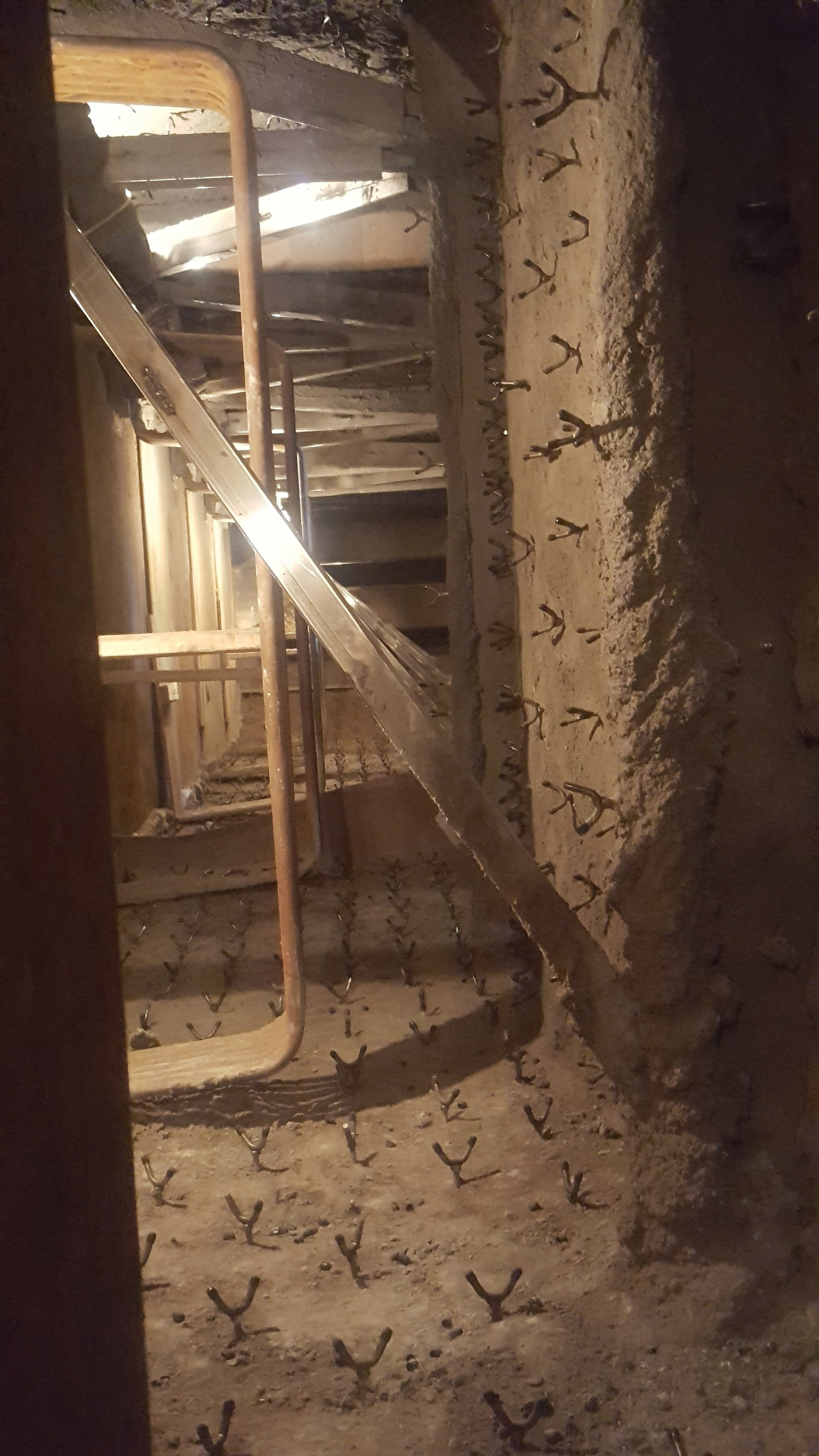 Completed Shotcrete Insulation Lining in Ductwork, Hotface to be shot over.