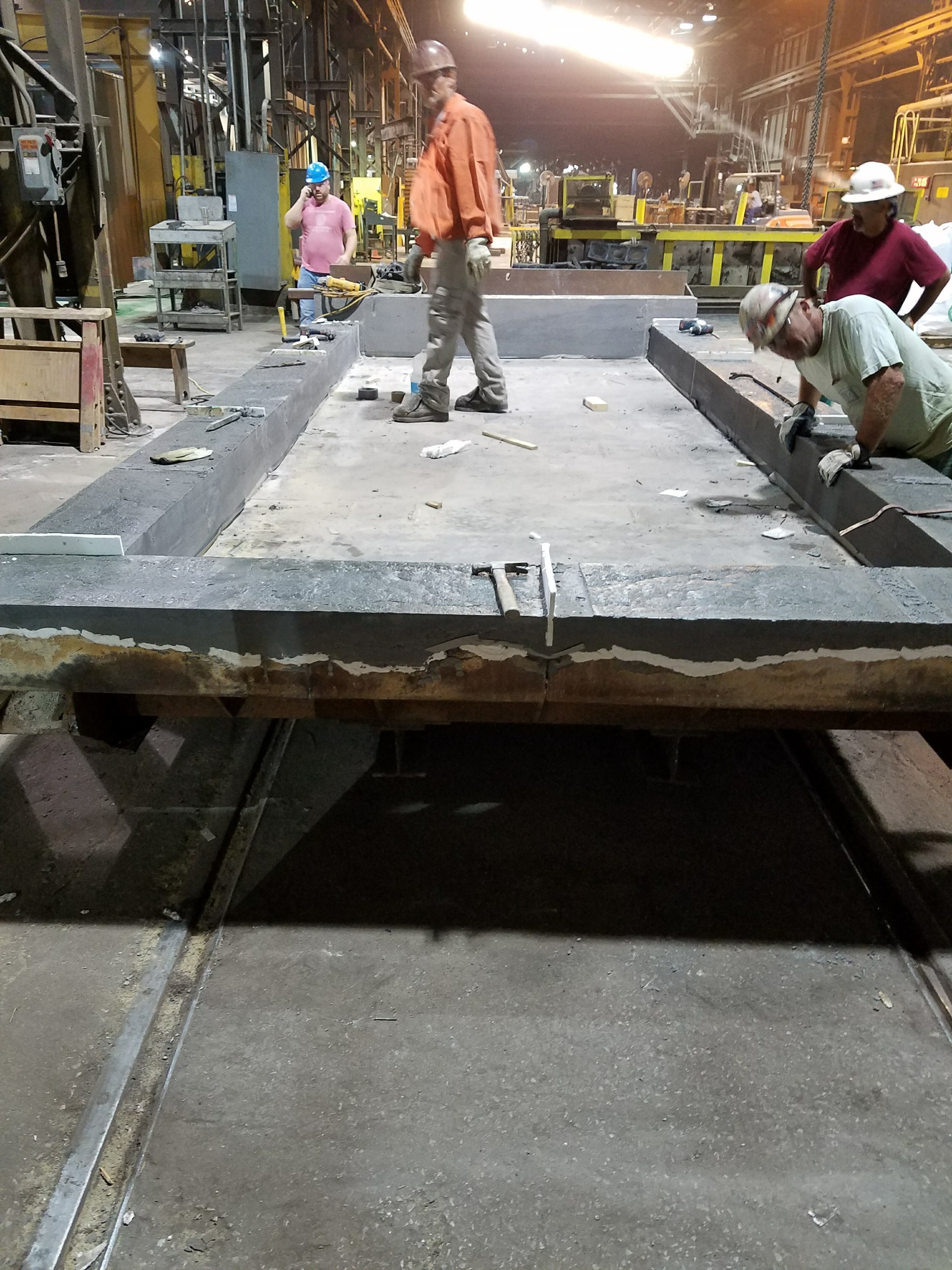 Cast outer ring of kiln car deck