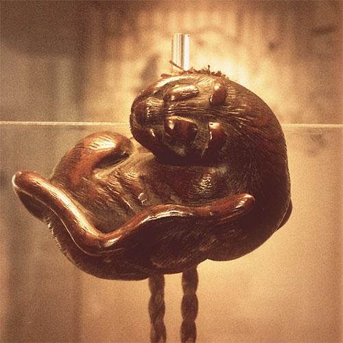 Netsuke - Monkey Grooming Unsigned