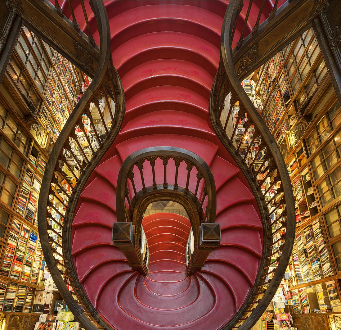 RED STAIRCASE, LELLO BOOKSTORE, PORTO, PORTUGAL 2015
