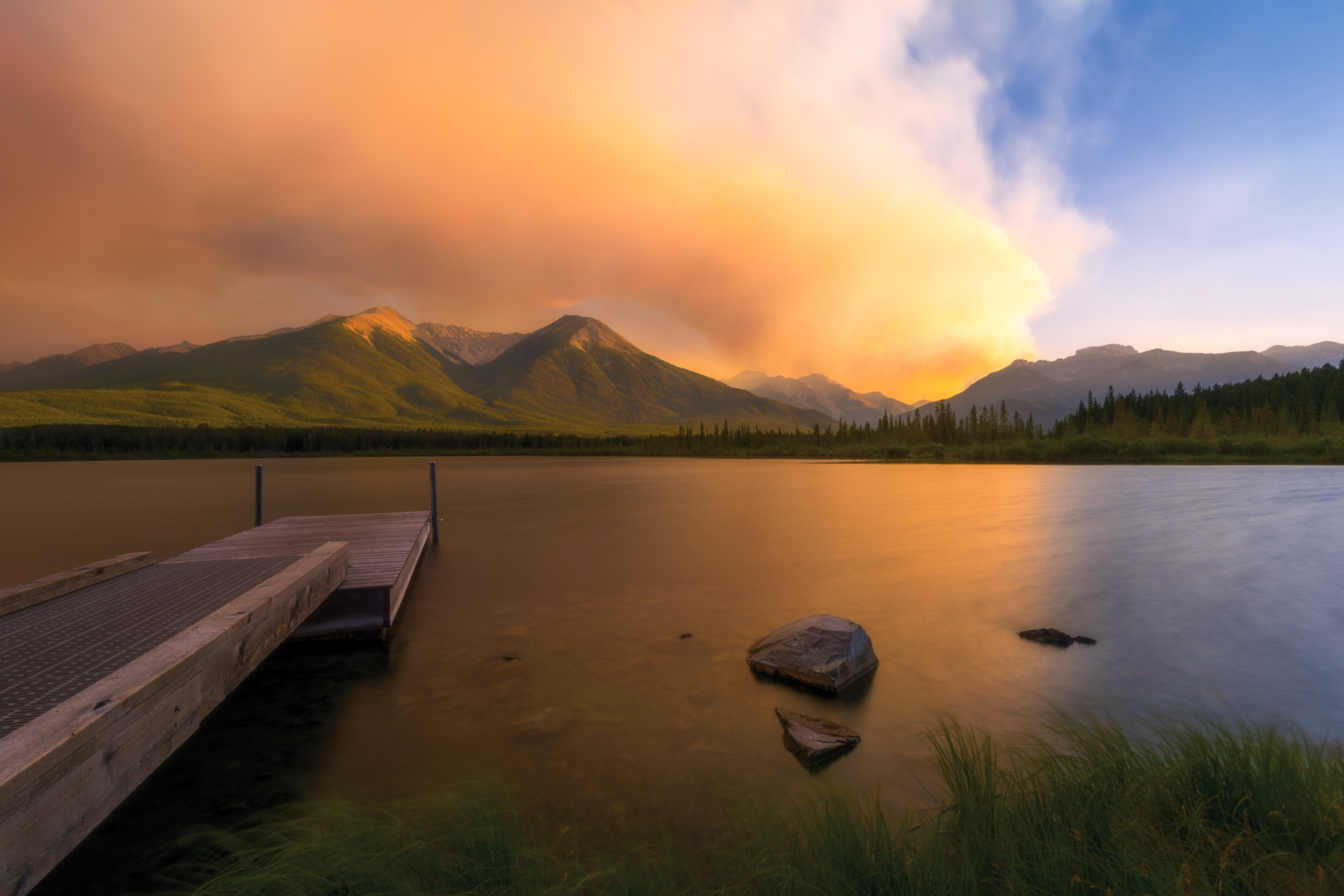 Smokey evening at Vermilion Lakes
