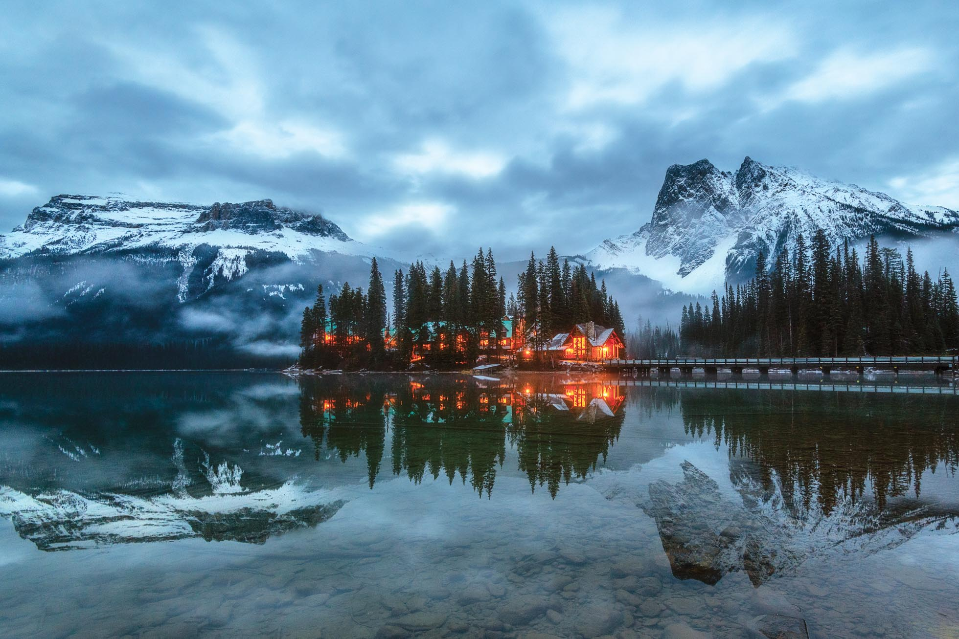 In early November, I took the opportunity to fly up to Canada for a quick weekend with my photographer friend Gina Yeo and we ventured to Emerald Lake for a wintry evening shoot. The low clouds over the lake were just magical.