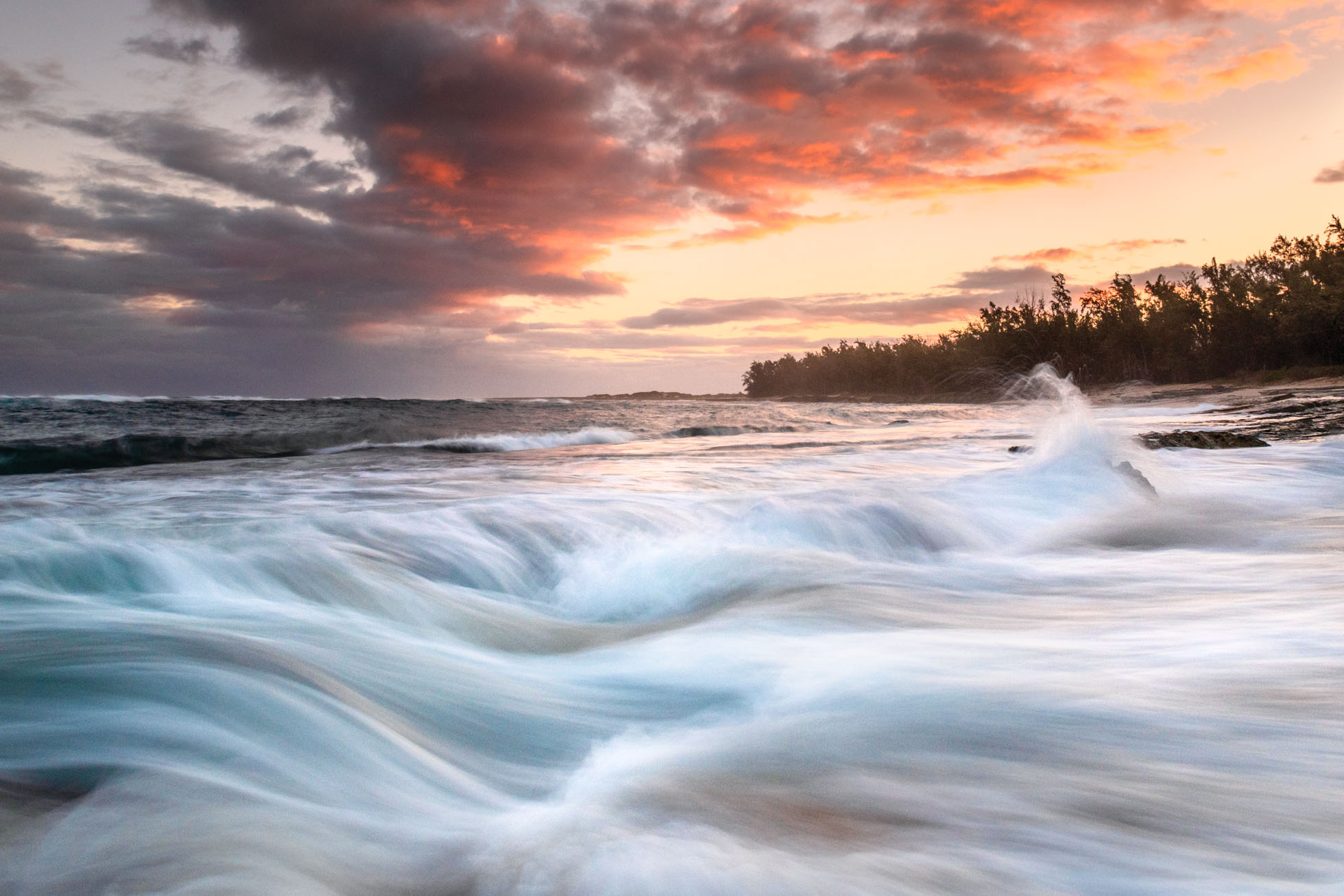 .4 seconds of waves in Oahu, Hawaii