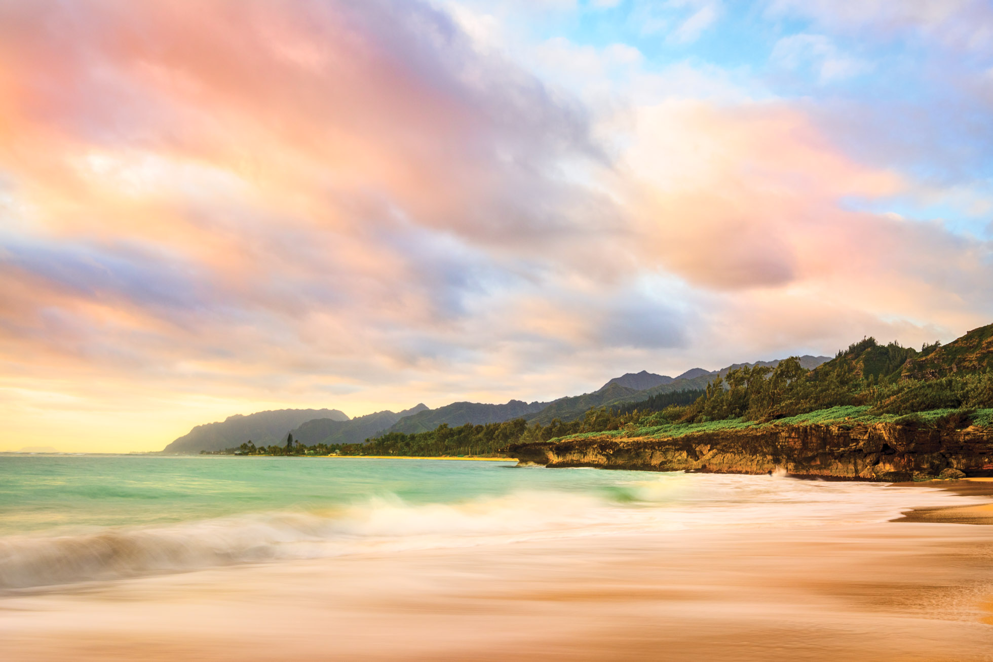 1 second exposure in Oahu using a 6 stop Neutral Density Filter from Breakthrough Photography
