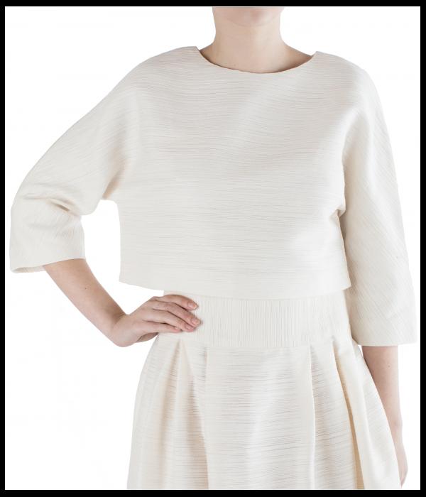 white-elsa-600x700.png