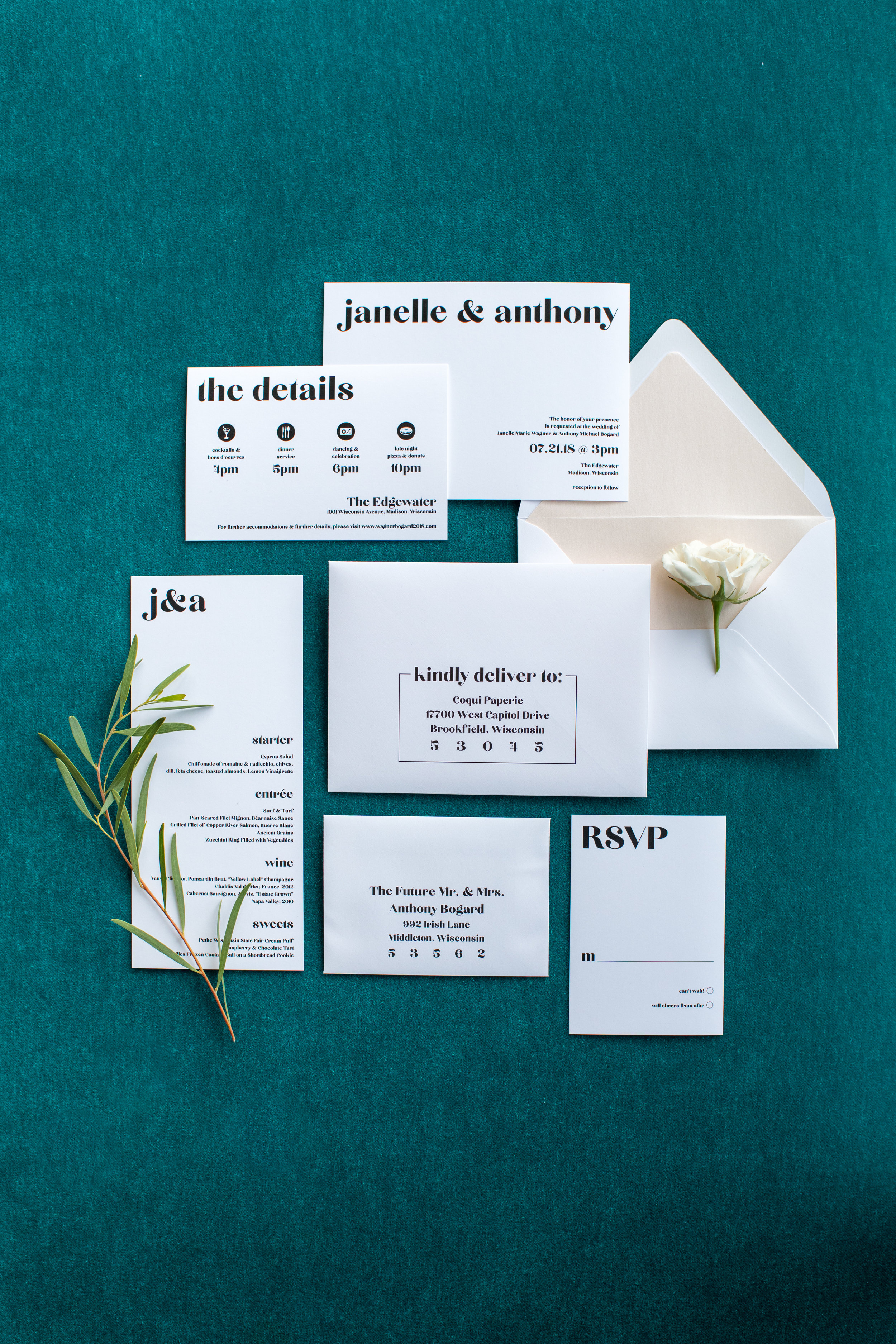 Midwest wedding photographer - Wedding Stationary