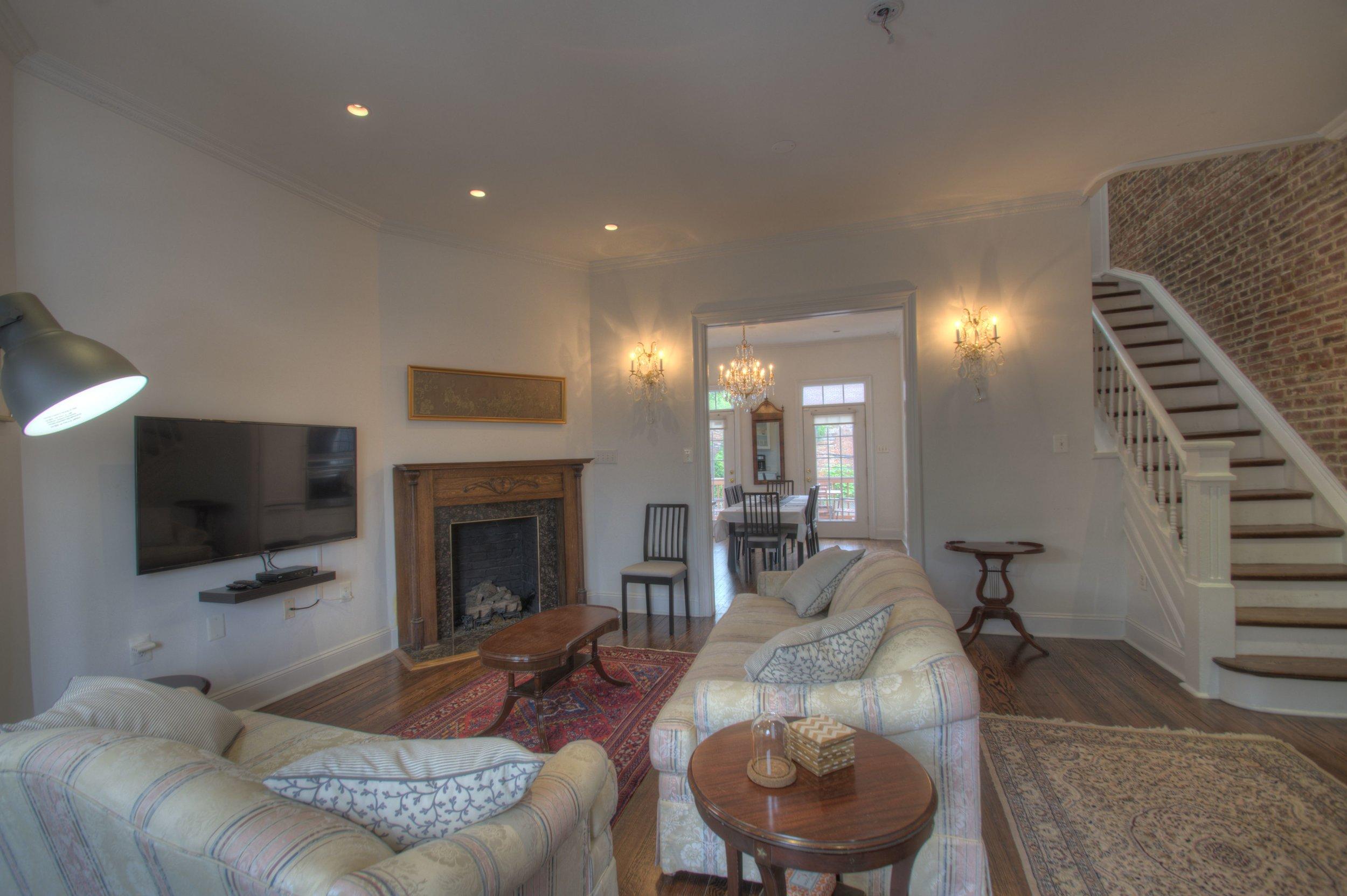 Living Room d.jpg