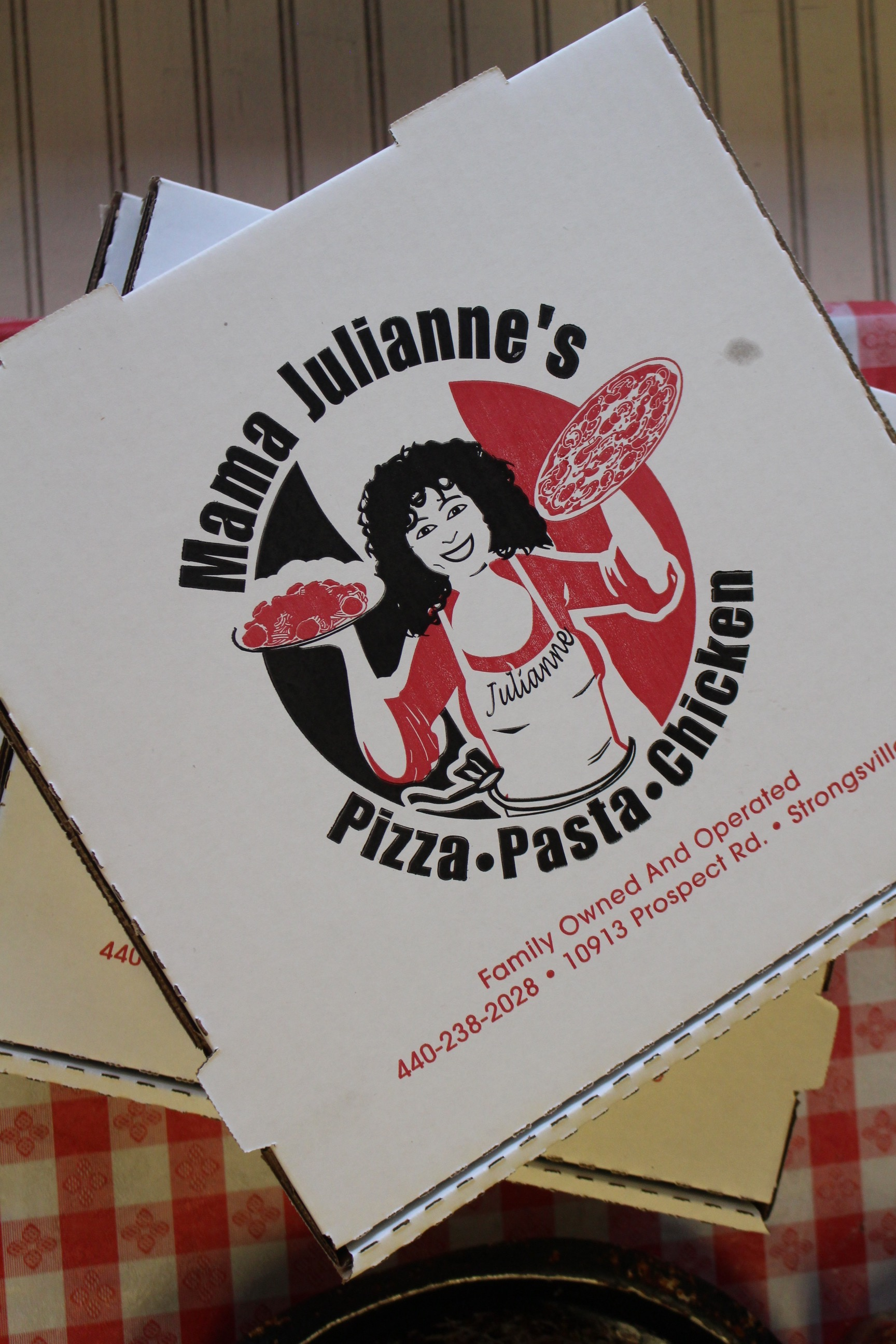 Mama Julianne Pizza