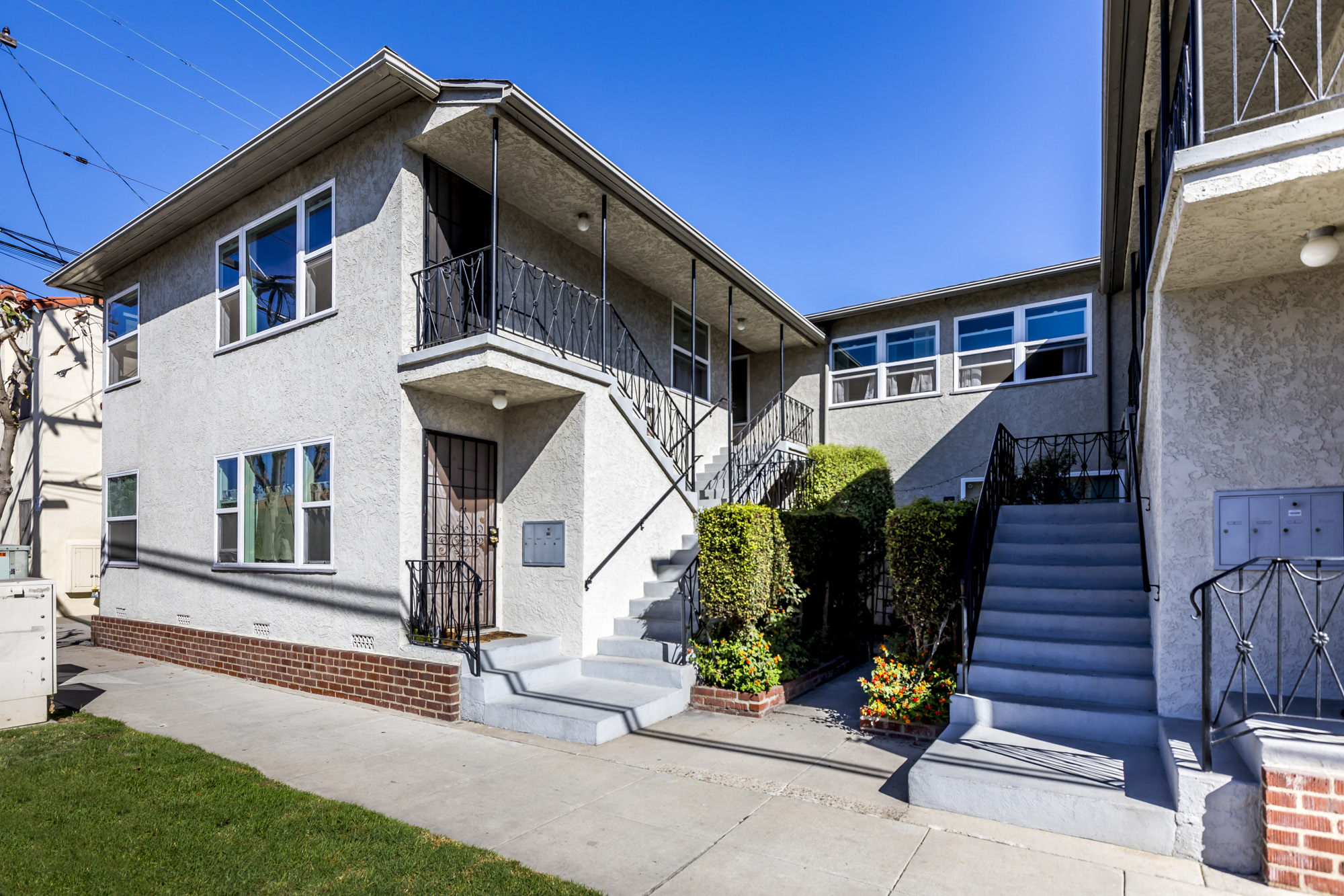 5025 East 1st Street, Long Beach, CA 90803