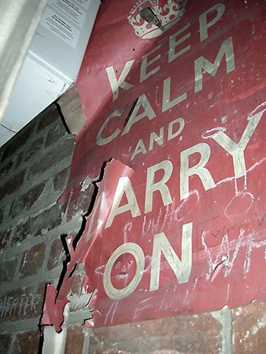 Keep-Calm-and-Carry-On-Or-003.jpg