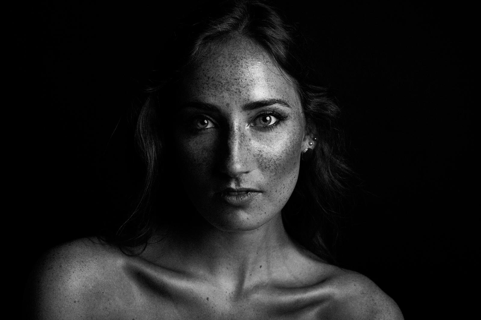 06242017_Julia_Faces.jpg