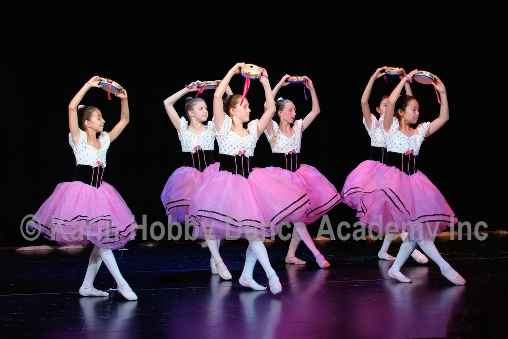 KHDANCE_All_Aboard_On_Stage_2017_051.jpg